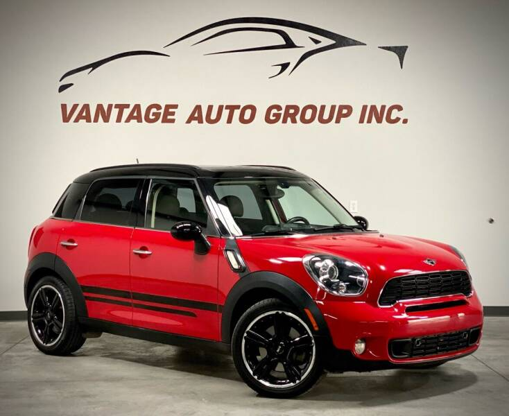 2012 MINI Cooper Countryman for sale at Vantage Auto Group Inc in Fresno CA
