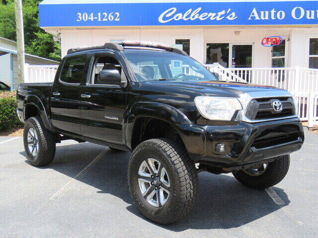 2012 Toyota Tacoma for sale at Colbert's Auto Outlet in Hickory NC