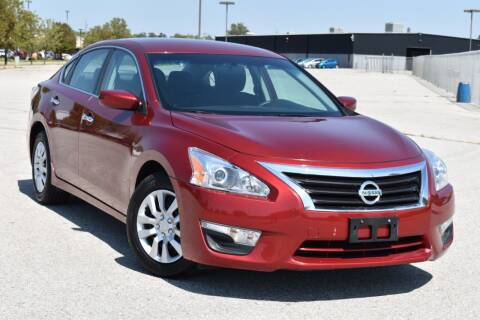 2015 Nissan Altima for sale at Big O Auto LLC in Omaha NE