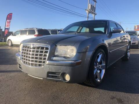 2006 Chrysler 300 for sale at Instant Auto Sales in Chillicothe OH