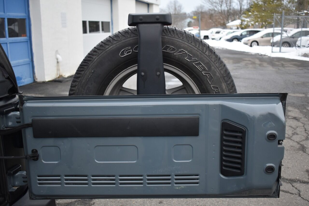 2015 Jeep Wrangler Sport 4×4 2dr SUV full