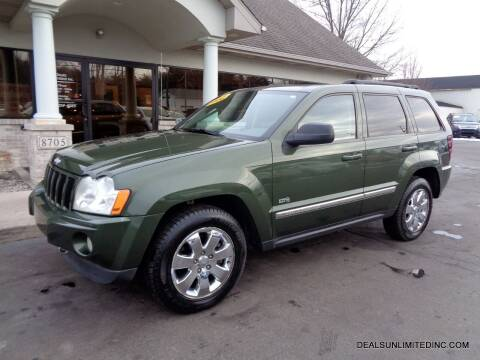 2006 Jeep Grand Cherokee for sale at DEALS UNLIMITED INC in Portage MI