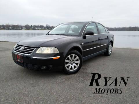 2003 Volkswagen Passat for sale at Ryan Motors LLC in Warsaw IN