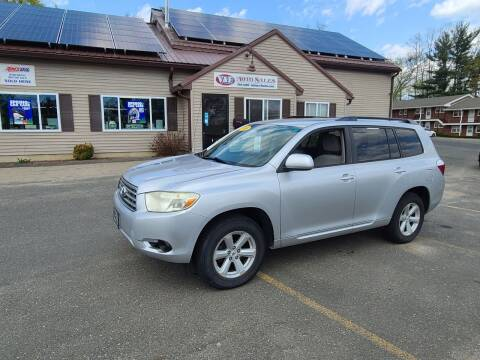 2008 Toyota Highlander for sale at V & F Auto Sales in Agawam MA