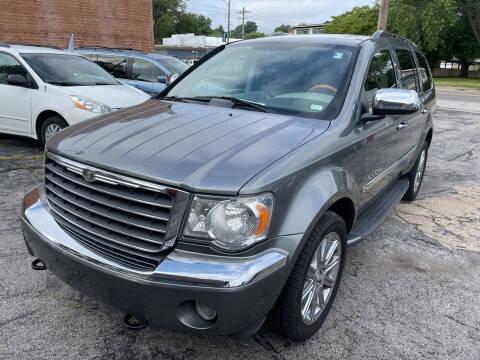 2008 Chrysler Aspen for sale at Best Deal Motors in Saint Charles MO