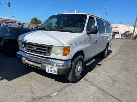 2004 Ford E-Series Chassis for sale at Gateway Motors in Hayward CA