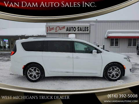 2018 Chrysler Pacifica for sale at Van Dam Auto Sales Inc. in Holland MI