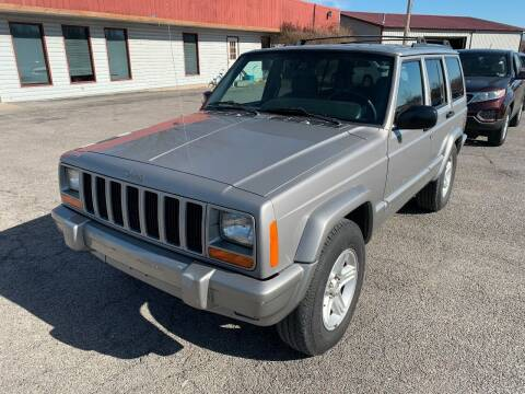 2001 Jeep Cherokee for sale at Best Buy Auto Sales in Murphysboro IL