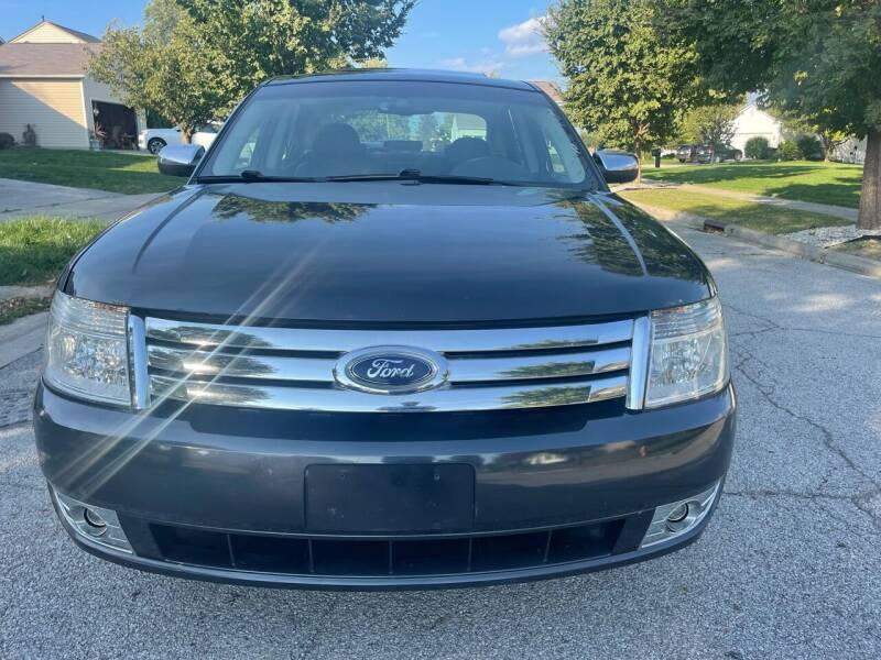 2008 Ford Taurus for sale at Via Roma Auto Sales in Columbus OH