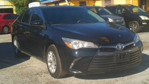 2015 Toyota Camry for sale at Global Vehicles,Inc in Irving TX