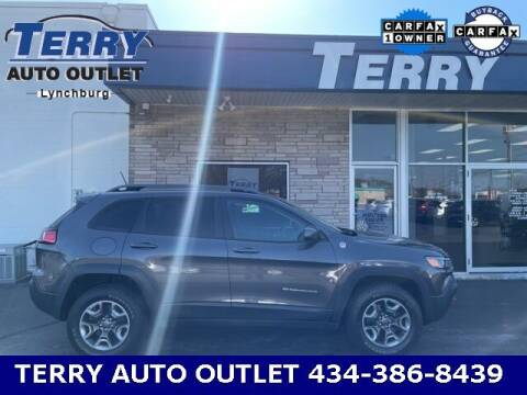 2019 Jeep Cherokee for sale at Terry Auto Outlet in Lynchburg VA
