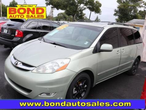 2006 Toyota Sienna for sale at Bond Auto Sales in St Petersburg FL