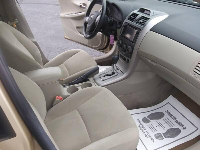 2013 Toyota Corolla LE 4dr Sedan 4A - Hanover PA