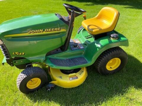 1998 John Deere 133 for sale at Dream Machines in Cedar Falls IA