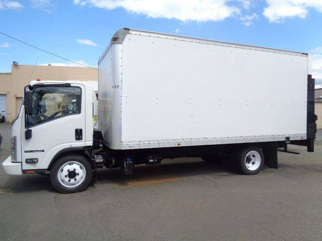 2015 Isuzu NQR  - Hartford CT