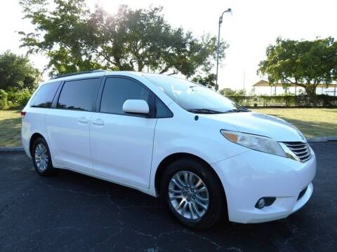 2013 Toyota Sienna for sale at SUPER DEAL MOTORS 441 in Hollywood FL