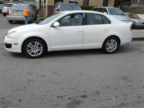 2007 Volkswagen Jetta for sale at Nelsons Auto Specialists in New Bedford MA