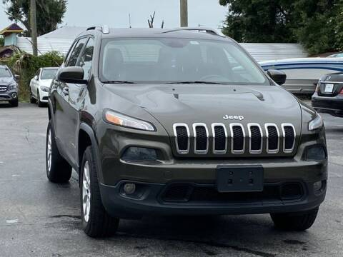 2014 Jeep Cherokee for sale at Pioneers Auto Broker in Tampa FL