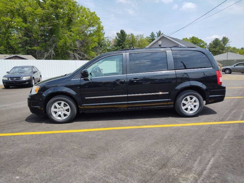2010 Chrysler Town and Country for sale at Hilltop Auto in Prescott MI