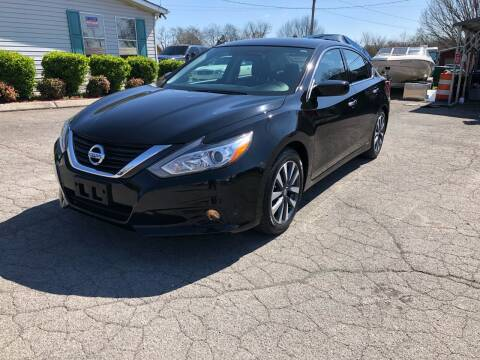 2017 Nissan Altima for sale at Unique Auto Sales in Knoxville TN