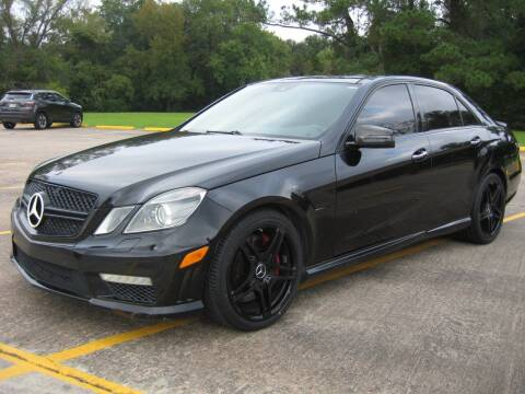 2011 Mercedes-Benz E-Class for sale at JAYCEE IMPORTS in Houston TX