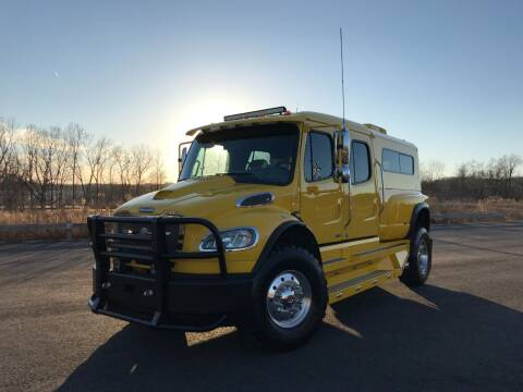 2006 Freightliner M2 106 for sale at CLIFTON COLFAX AUTO MALL in Clifton NJ