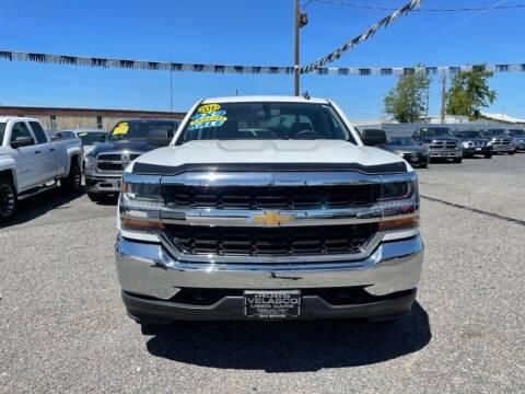2017 Chevrolet Silverado 1500 for sale at Velascos Used Car Sales in Hermiston OR
