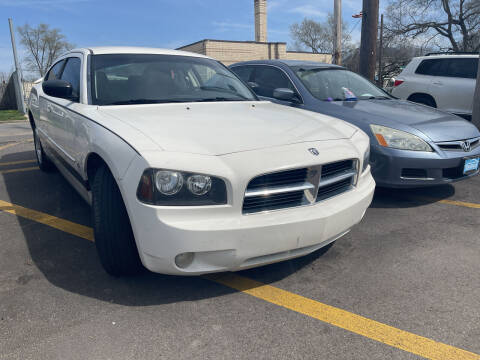 2009 Dodge Charger for sale at Ideal Cars in Hamilton OH