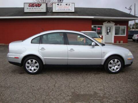 2002 Volkswagen Passat for sale at G and G AUTO SALES in Merrill WI