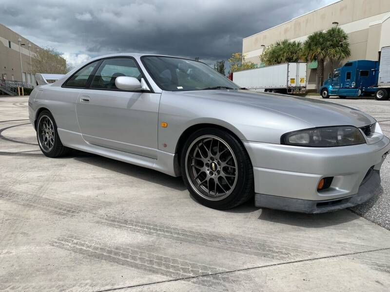 1995 Nissan Skyline for sale at Ultimate Dream Cars in Royal Palm Beach FL