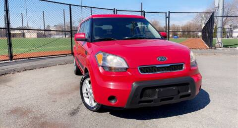 2010 Kia Soul for sale at Maxima Auto Sales in Malden MA
