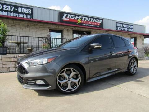2017 Ford Focus for sale at Lightning Motorsports in Grand Prairie TX
