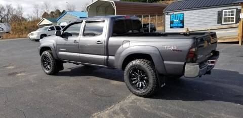 2013 Toyota Tacoma for sale at Elite Auto Brokers in Lenoir NC
