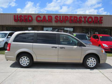 2008 Chrysler Town and Country for sale at Checkered Flag Auto Sales NORTH in Lakeland FL
