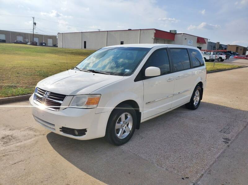 2008 Dodge Grand Caravan for sale at DFW Autohaus in Dallas TX