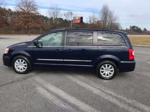 2014 Chrysler Town and Country for sale at Knoxville Wholesale in Knoxville TN