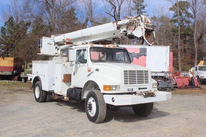 2000 International 4800 for sale at Vehicle Network - Davenport, Inc. in Plymouth NC