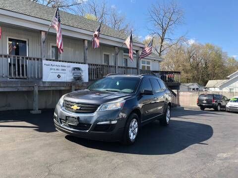 2013 Chevrolet Traverse for sale at Flash Ryd Auto Sales in Kansas City KS