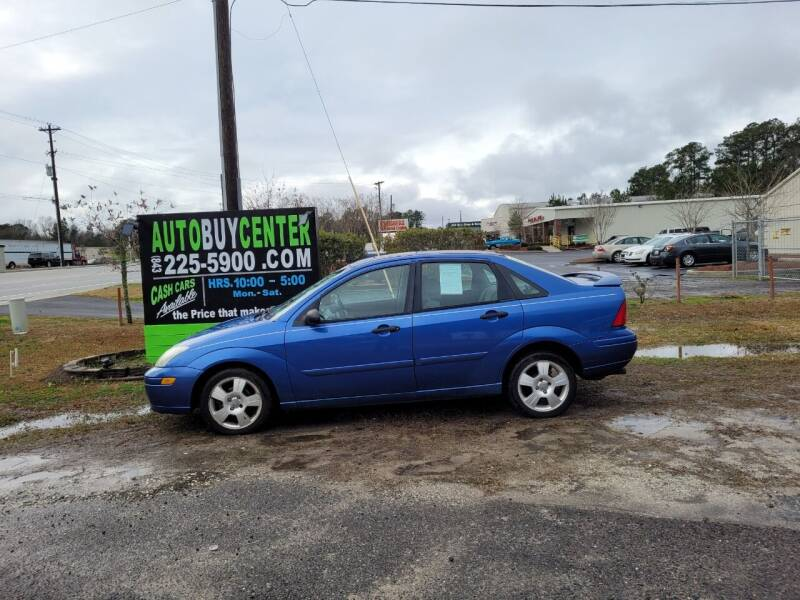 2004 Ford Focus for sale at AutoBuyCenter.com in Summerville SC