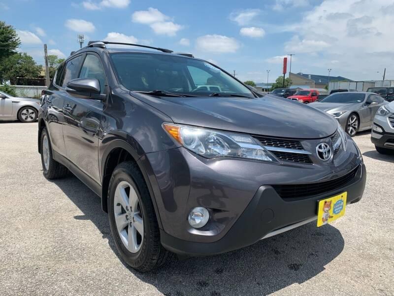 2014 Toyota RAV4 XLE 4dr SUV - San Antonio TX