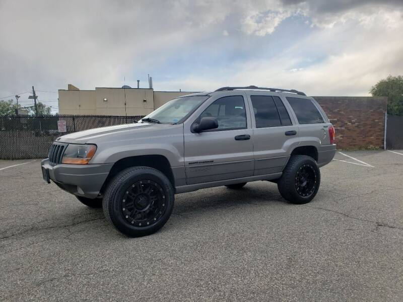 2001 Jeep Grand Cherokee for sale at Innovative Auto Group in Little Ferry NJ