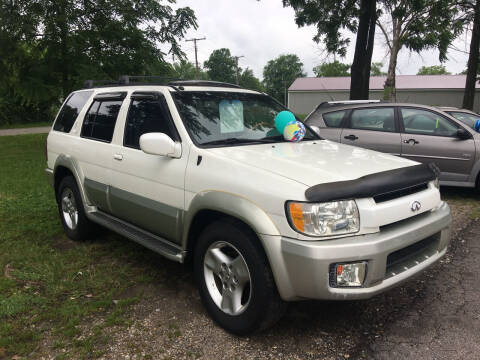 2001 Infiniti QX4 for sale at Antique Motors in Plymouth IN