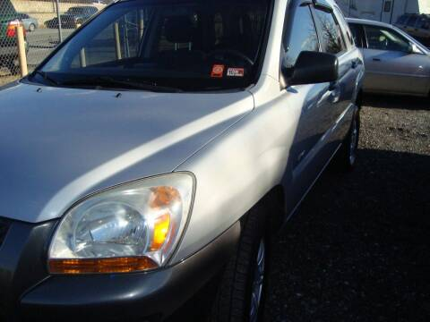 2008 Kia Sportage for sale at Branch Avenue Auto Auction in Clinton MD