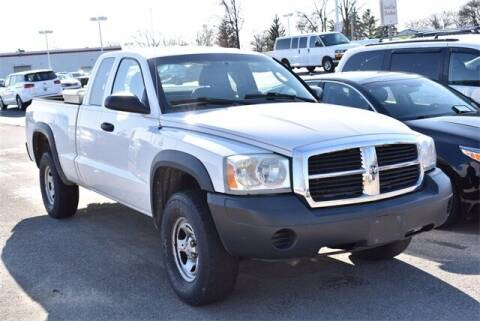 2007 Dodge Dakota for sale at BOB ROHRMAN FORT WAYNE TOYOTA in Fort Wayne IN