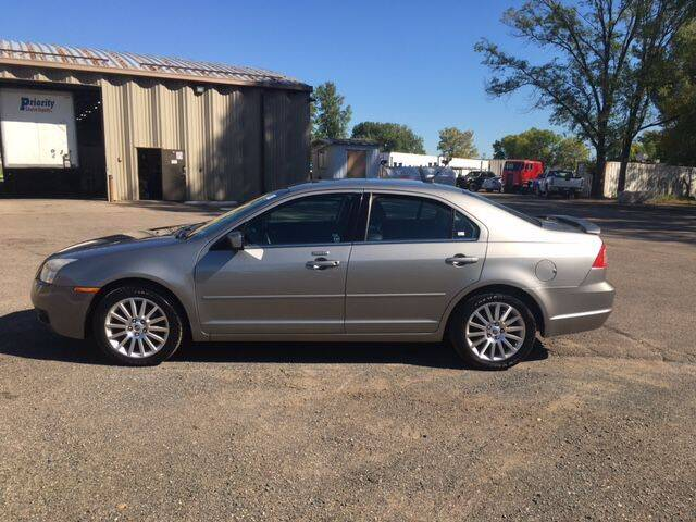 2009 Mercury Milan for sale at AM Auto Sales in Forest Lake MN