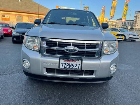 2009 Ford Escape for sale at Ronnie Motors LLC in San Jose CA