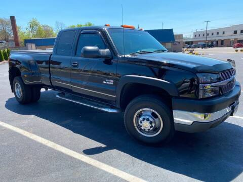 2004 Chevrolet Silverado 3500 for sale at All American Autos in Kingsport TN