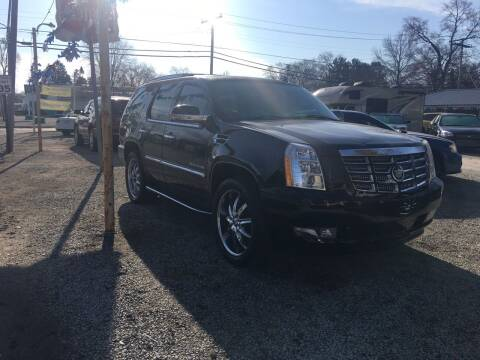 2007 Cadillac Escalade for sale at Antique Motors in Plymouth IN