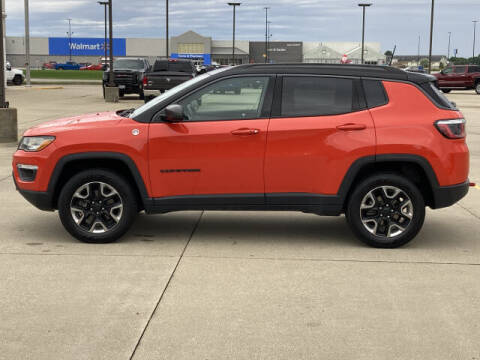 2018 Jeep Compass for sale at LANDMARK OF TAYLORVILLE in Taylorville IL