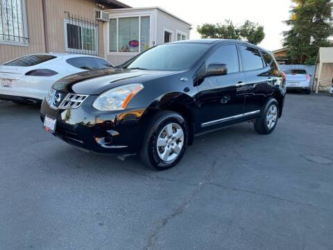 2011 Nissan Rogue for sale at Ronnie Motors LLC in San Jose CA